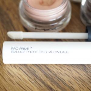 Nars Smudgeproof Eyeshadow Primer Erfahrung